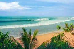tropiskt härligt hav för strand Arkivfoton