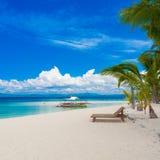 Tropiskt hav för dag Royaltyfria Bilder