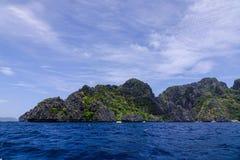 Tropiskt hav i Palawan, Filippinerna Royaltyfria Bilder