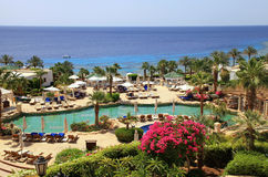 Tropiskt hotell för lyxig semesterort på Röda havetstranden, Sharm el Sheikh, royaltyfri foto