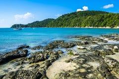 Tropiskt paradis på ön av Frades i fjärden allra Sain fotografering för bildbyråer