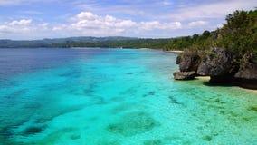 Tropiskt segla utmed kusten, den Siquijor ön, Philippines arkivfoton