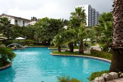 Tropiskt semesterorthotell royaltyfri bild