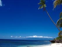 tropiskt strandparadis Arkivfoton