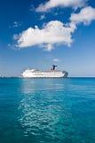 tropiskt vatten för kryssningship Royaltyfria Foton