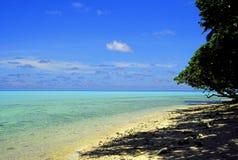 tropiskt vatten för lugna ö Royaltyfri Fotografi