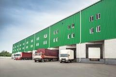 Troque l'entrepôt de dock photographie stock libre de droits