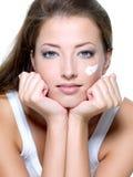 troskliwa twarzy skóry kobieta fotografia royalty free