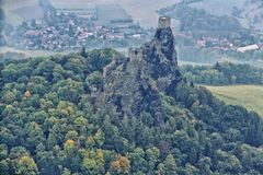 Trosky castle in the autumn Royalty Free Stock Images