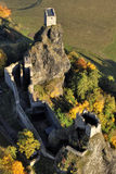 Trosky Schloss - Fliegenfoto Stockfotos