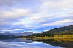 Trossachs går landskapet Skottland Royaltyfri Bild