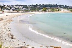 Troszkę Francuski miasta St polityk de LEON Wielka plaża, Cote d ` azur, i biały cukier fotografia royalty free