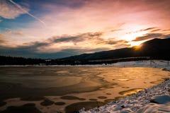 Troszkę halny jezioro fotografia stock