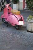 'trotinette' cor-de-rosa València, Espanha Imagem de Stock Royalty Free