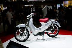 'trotinette' de Honda EV-Cub Foto de Stock Royalty Free