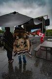 Trotsa vädret på den Kanada dagen royaltyfri fotografi