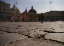 Trottoaren av piazza Del popolo Royaltyfri Foto