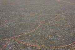 Trottoir de granit dans la petite ville Photographie stock libre de droits
