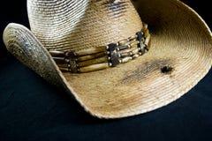 trou de chapeau de cowboy de bord Photos stock