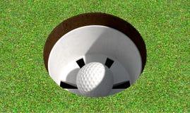 Trou de golf avec la boule à l'intérieur Photo stock