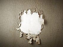 Trou de papier peint image libre de droits