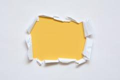 Trou en papier photos libres de droits