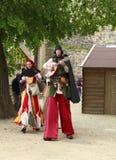 Troubadours auf Stelzen Stockbild