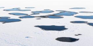 Trous dans la calotte glaciaire photographie stock libre de droits