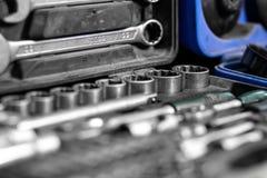 Trousse à outils en gros plan du charpentier images stock