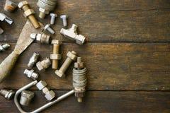 Trousse d'outils d'outils de bricolage ou fond de trousse d'outils de travail, outils dans le travail d'industrie pour le travail Photographie stock libre de droits