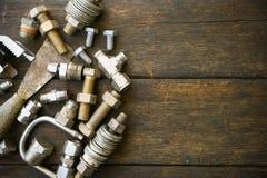 Trousse d'outils d'outils de bricolage ou fond de trousse d'outils de travail, outils dans le travail d'industrie pour le travail Images stock