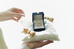 Trouwringen in de doos, huwelijk Royalty-vrije Stock Foto