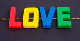 Trovando amore in linea: il Internet. Fotografie Stock Libere da Diritti
