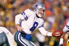 Troy Aikman Dallas Cowboys. Troy Aikman Quarterback of the Dallas Cowboys in game action Stock Photos