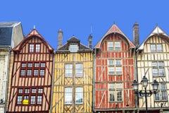 Troyes, kleurrijke helft-betimmerde huizen Royalty-vrije Stock Afbeelding
