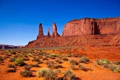 Três irmãs, parque nacional do vale do monumento, Ariz Imagens de Stock