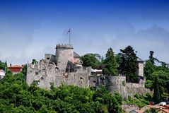 Trsat slott i Rijeka Kroatien - Gradina Royaltyfri Foto