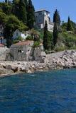 Trsteno, alter Dorfsteinhafen, Dubrovnik, Kroatien Stockfotografie