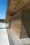 Trästrukturpromenad du Paillon Nice Arkivbild