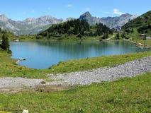 Trubsee sjö nära Engelberg, Schweiz Arkivbilder