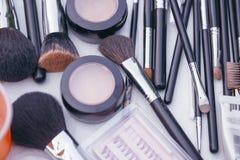 Trucco di polvere cosmetica decorativa, correttore, brus dell'ombretto Immagine Stock Libera da Diritti
