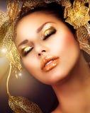 Trucco dorato di lusso immagine stock libera da diritti