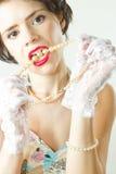 Trucco e perle di Glamor fotografie stock