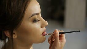 Trucco estetica Base per trucco perfetto di Make-up Applicazione del trucco archivi video
