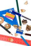 Trucioli della matita con la fine dello strumento del banco in su Immagine Stock Libera da Diritti