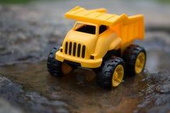 Truck απορρίψεων παιχνιδιών Στοκ Εικόνα