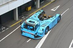 truck ρυμούλκησης αεροπλάνω& στοκ εικόνα