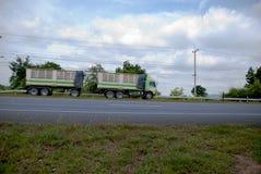 truck της οδικής Ισπανίας των Πυρηναίων βουνών Στοκ εικόνες με δικαίωμα ελεύθερης χρήσης