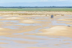Truck driving through the Dunes in the Lagoa do Peixe lake Stock Photography