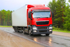 Truck  goes on the highway Royalty Free Stock Photos
